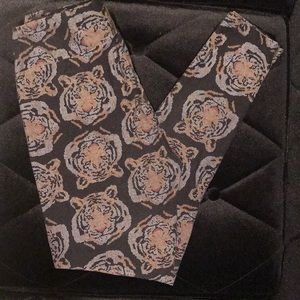 🦄 LulaRoe Leggings OS 🦄 Tiger Print 🐯